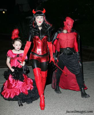 Halloween Scary costumes